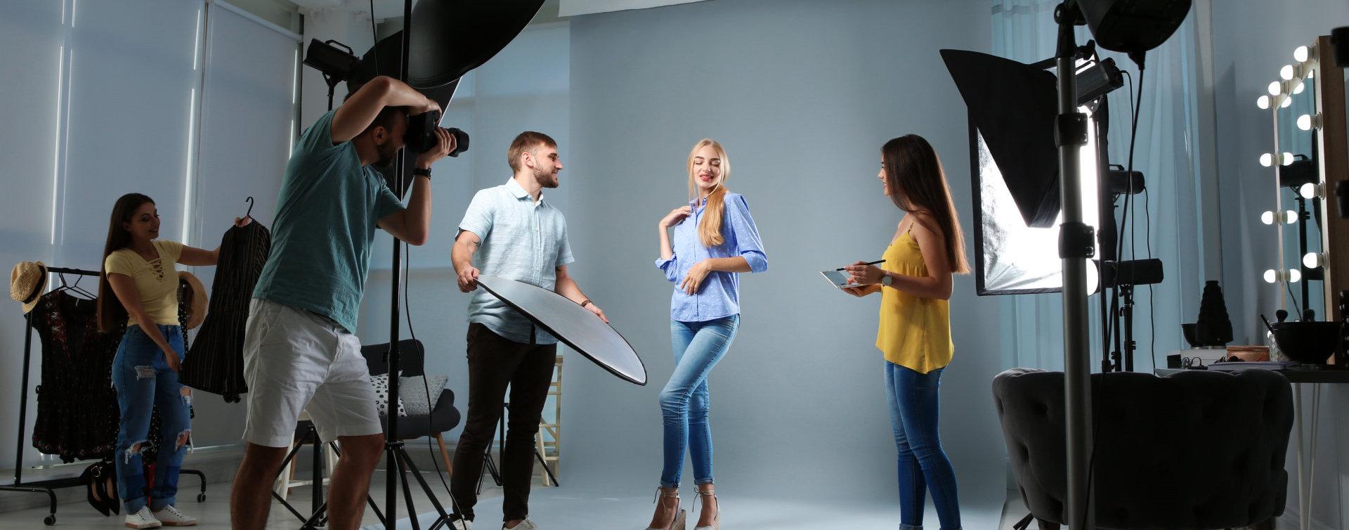 photo shoot with girl model